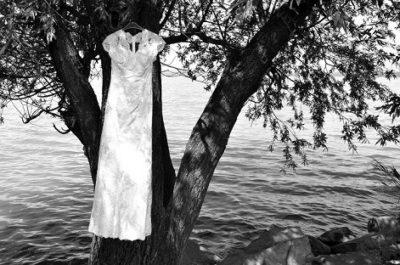 balatoni-eskuvo-menyasszonyi-ruha-foto-farago-zsolt-k