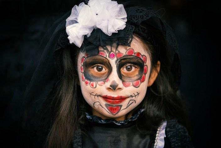 Mexican girl in Dia De Los Muertos Costume