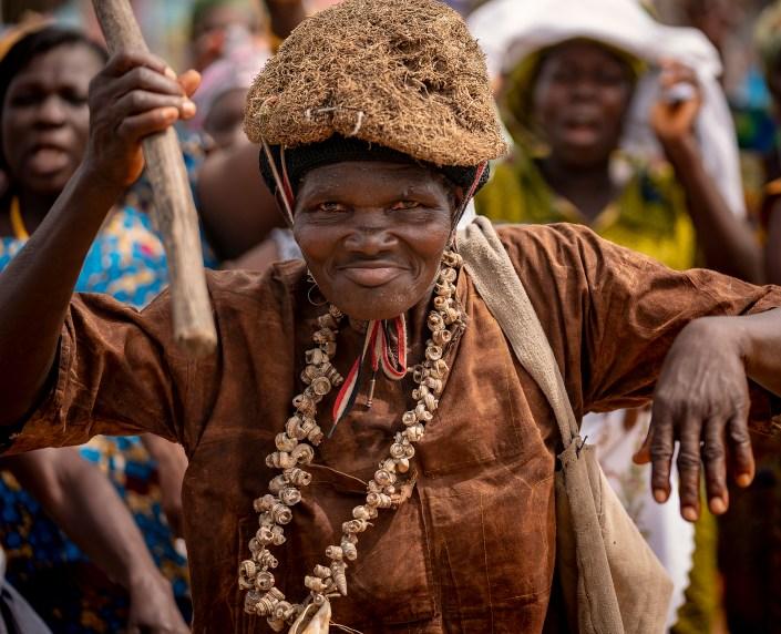 Medicine woman, Ghana