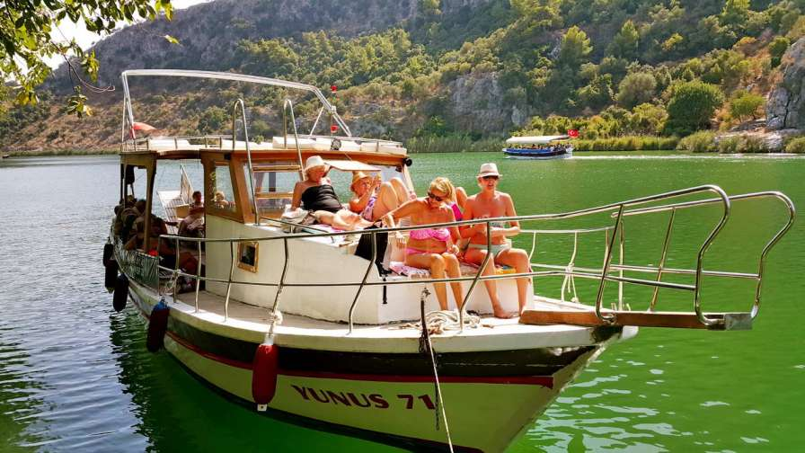 boat-tour-in-dalyan-riverside-hotel-dalyan-tours-5