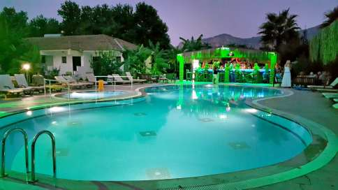 dalyan-otelleri-swimming-pool-riverside-hotel-10