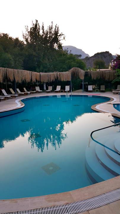 dalyan-otelleri-swimming-pool-riverside-hotel-20