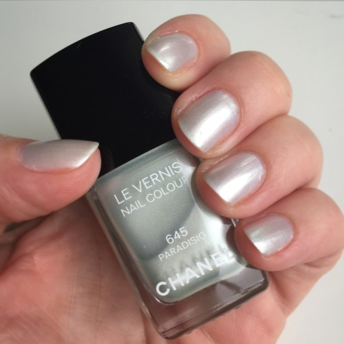 Chanel Le Vernis Paradiso swatch dalybeauty