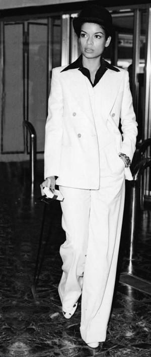 bianca jagger white suit dalybeauty