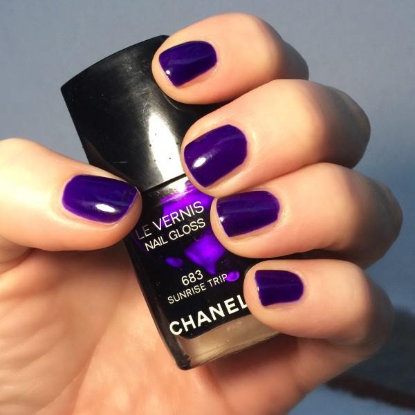Chanel Le Vernis Sunrise Trip polish swatch review dalybeauty