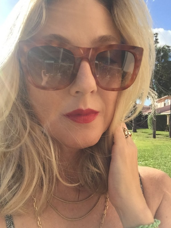 Nudestix Intense Lip + Cheek Pencil review dalybeauty swatch Royal