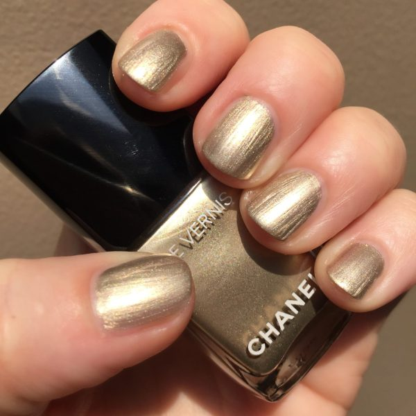 CHANEL Canotier, 2 coats, no topcoat