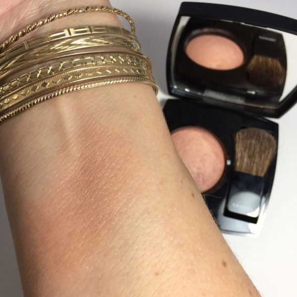 CHANEL Joues Contraste Blush in Elegance swatch