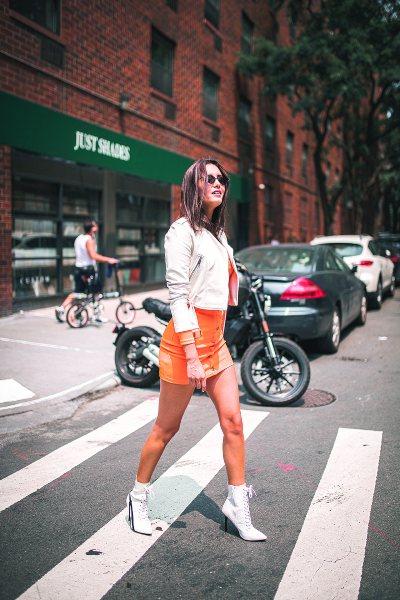 DE POSTAL. Aunque se trataba de sus vacaciones, la actriz y conductora jamás dejó el toque fashion y femenino. Foto: cortesía