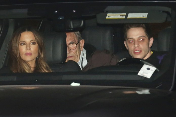 Kate Beckinsale and Pete Davidson with her family