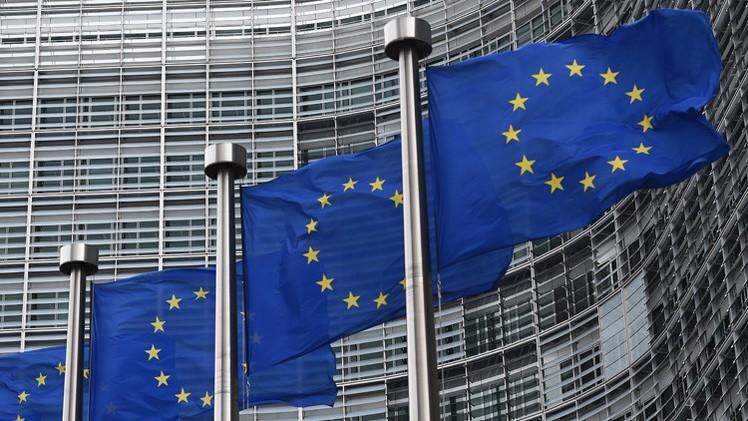 المفوضية الأوروبية: العقوبات على النظام لا تشمل المساعدات الطبية