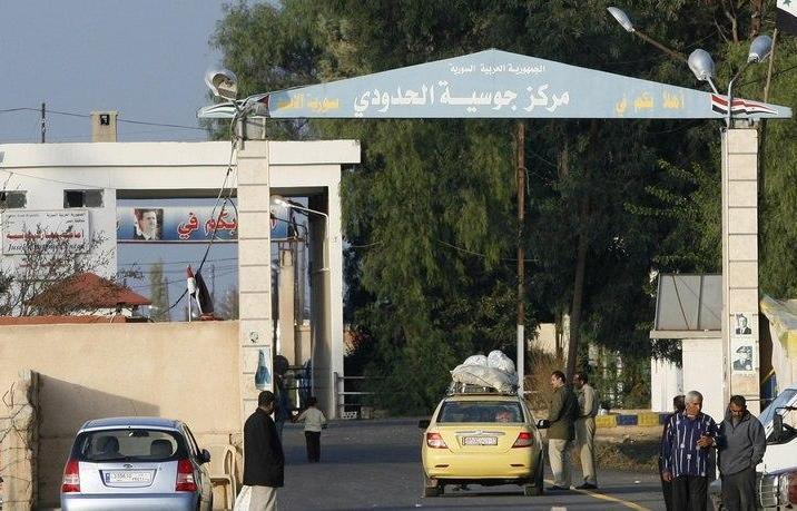 منظمة حقوقية النظام اعتقل 62 سورياً عادوا من لبنان خلال العام الجاري