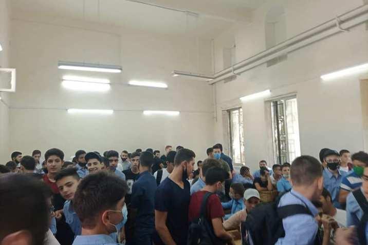 مدارس في دمشق بظل كورونا: صفوف مكتظة ونظافة غائبة