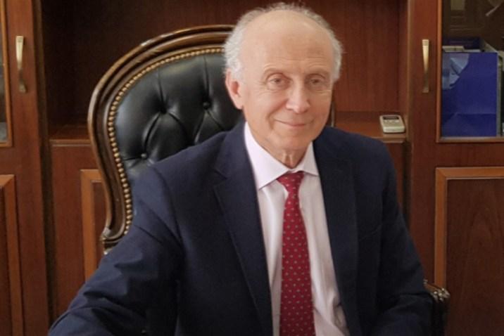تعيين عميد جديد لكلية الطب البشري في دمشق بدلاً من العوا