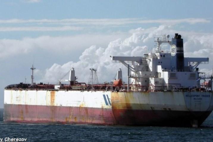 الثالثة خلال شهر.. ناقلة نفط إيرانية جديدة تتّجه إلى السواحل السورية