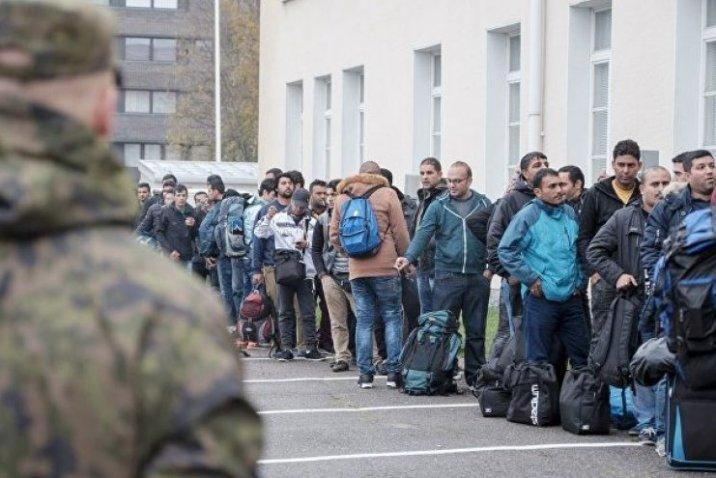 وزير الخارجية الألماني يدعو إلى تعديل قانون حظر الترحيل إلى سوريا