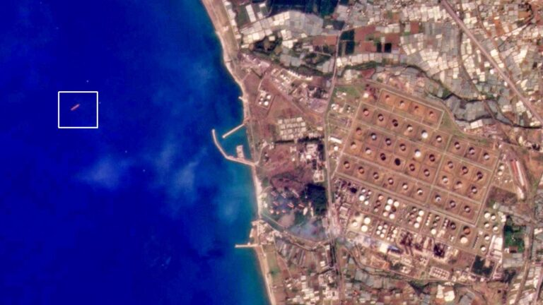ناقلة نفط ألبانية تصل سواحل سوريا بعد أيام