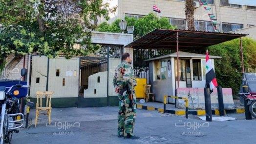 قرار يقضي بـ طي الملفات الأمنية لآلاف المطلوبين في سوريا.. ما حقيقته؟