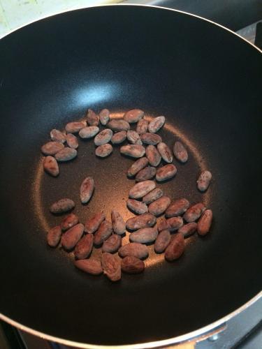 Ecuadorean Cacao Roasting in South Korea