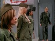 Armádní lesbičky v akci