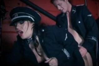 Fetiš sex v uniformách