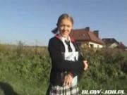 Polská holčička vykouří péro svému učiteli