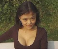 Asijská prostitutka si tvrdě vydělává v Německu