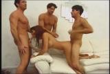 Pornokalendář DP (Šimon 22.12) – Tři muži drtí ženu