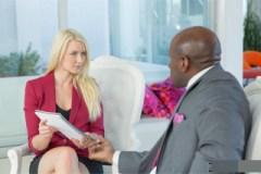 Anikka Albrite: Anální sex se šéfem kvůli povýšení!