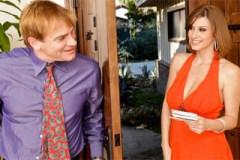 Atraktivní Sara Stone donutí souseda k nevěře
