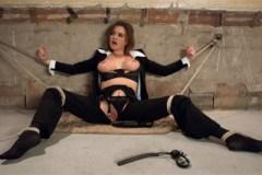 Federální agentka Krissy Lynn mučená psychopatem – BDSM porno