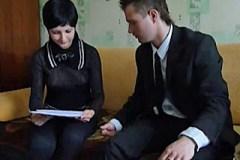 Pornokalendář DP 5.8 – Pojišťovací agent Kristián vymrdá mladou paničku!