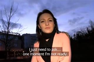 Rychlý prachy aneb Public Agent v českých ulicích (Belle)