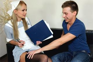 Sestřička Ivana Sugar ošoustá negativně testovaného pacienta