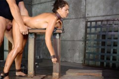 Svázaná a mučená Ava Dalush – BDSM porno