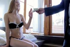 Český sex na privátu, aneb prostitutka Alexis Crystal a mladý pracháč!