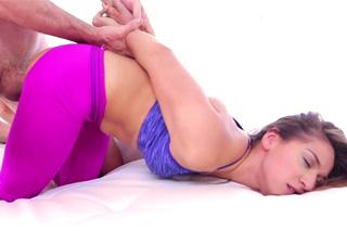 Sara Luvv a Jordan Ash: Sportovkyně šuká s fitness koučem