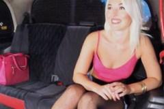 Pornokalendář DV (28.10.) – Krásná výherkyně v bingu šuká s taxikářem – české porno