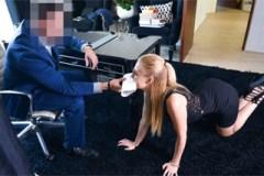 Alexa Grace: Sekretářka potrestaná tvrdým sexem!