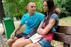 Naštvaný borec přemluví svou holku k prostituci s cizincem – české porno