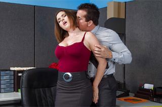 Krissy Lynn: Sex na rozloučenou s bývalým kolegou!