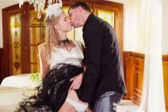 Český pár si zašuká před odchodem na večírek! (Violette Pink a Kristof Cale)