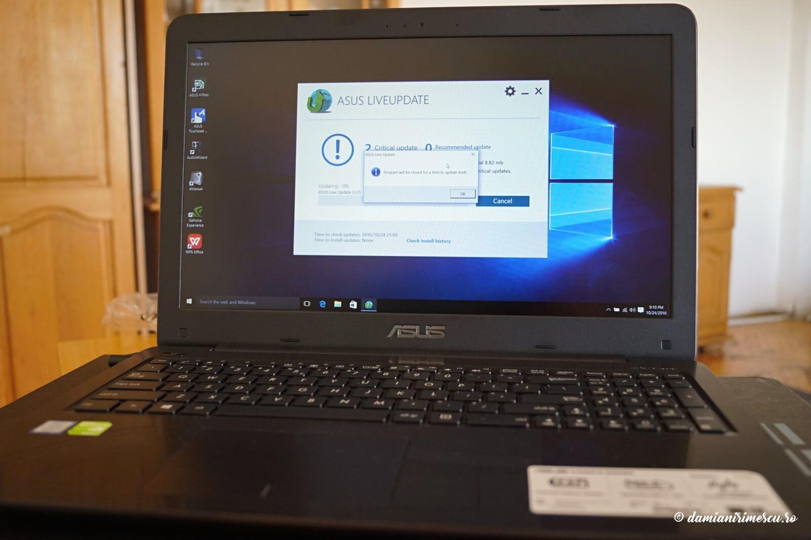 Laptop ASUS X556UQ-DM479D