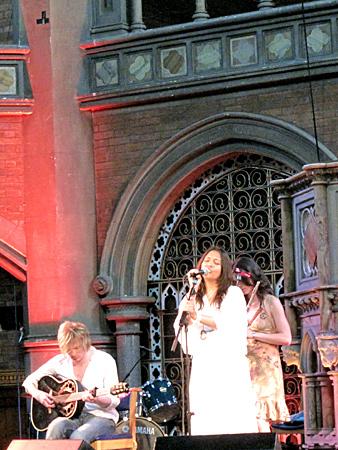 Kelli Ali im Union Chapel