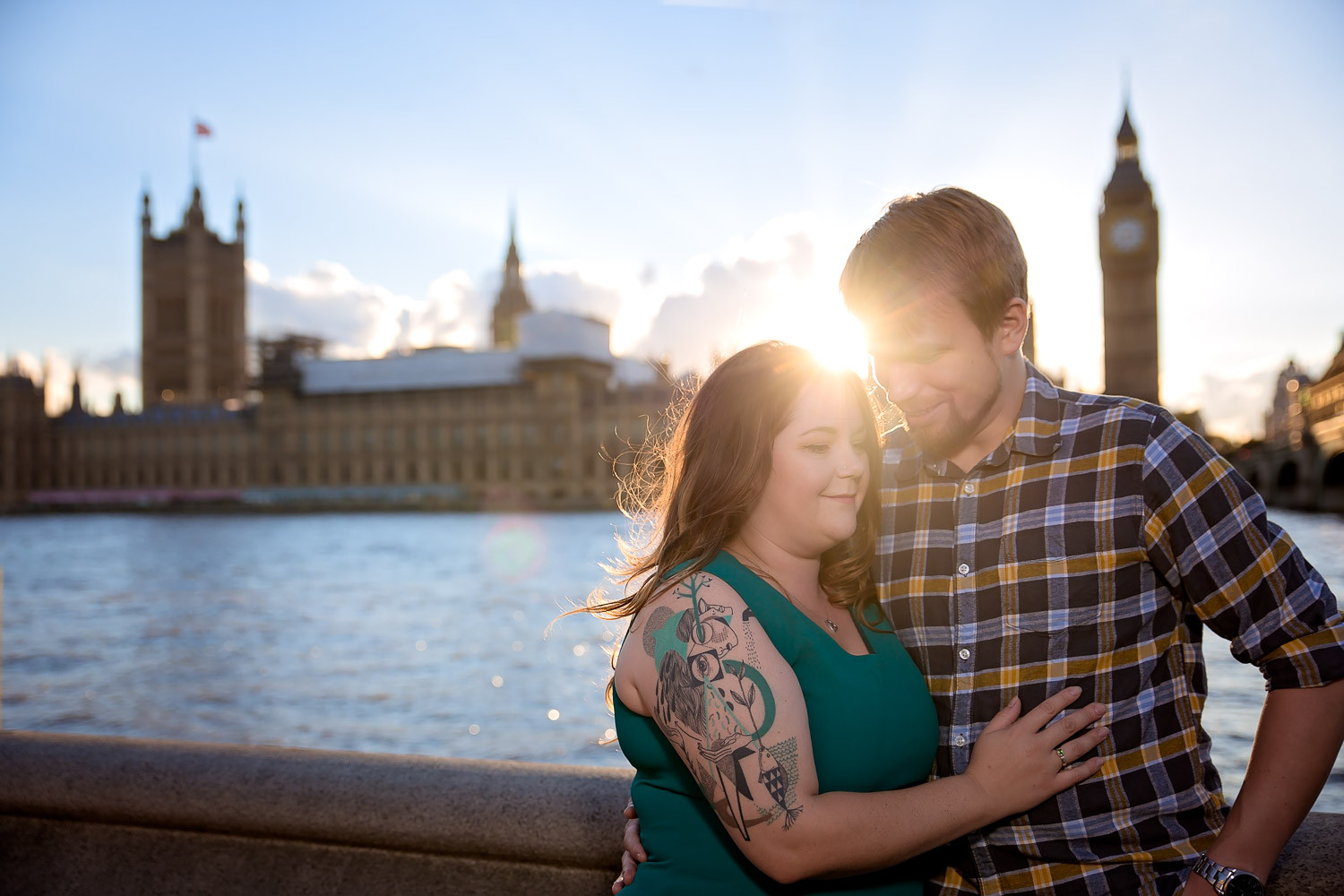 janice-peter-westminster-the-river-thames-london-engagement-7