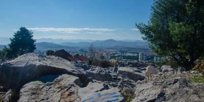 Divlja i lijepa, takva je Podgorica sa Malog brda. I u mojim očima