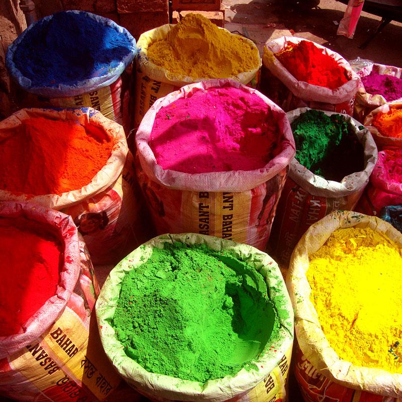 damm-creative-colour-holi