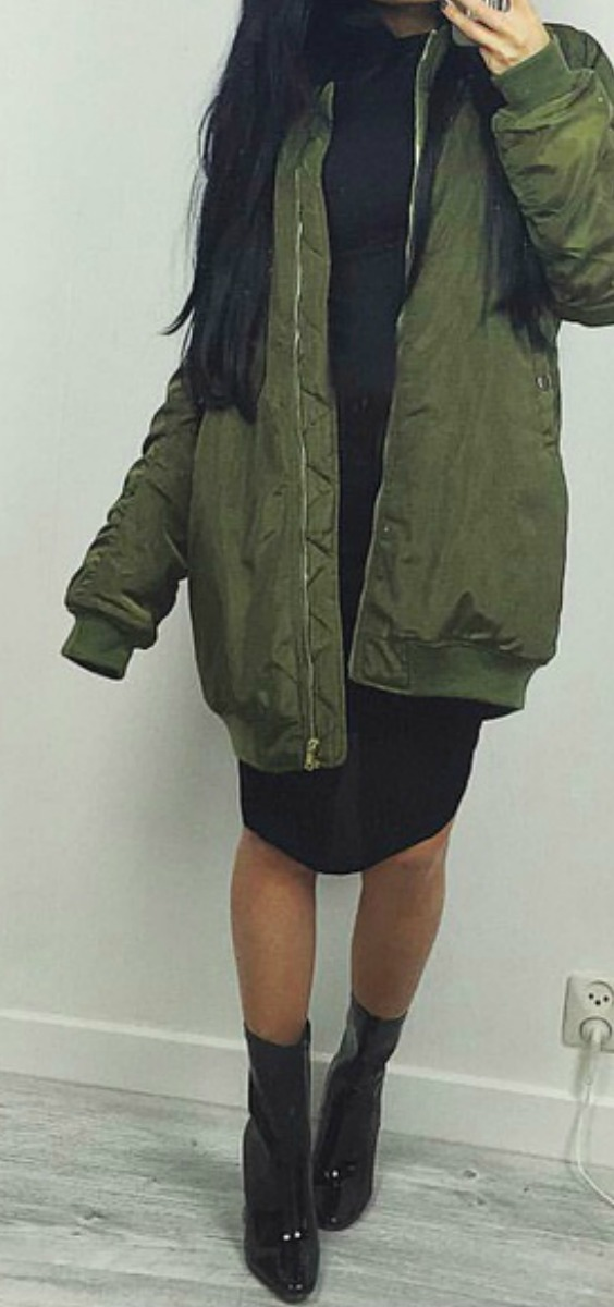 longline-green-bomber-jacket-ankle-boots-outfit-ideas-fashion