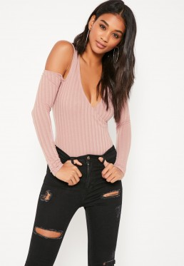 missguided-blush-cold-shoulder-top