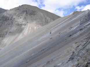 A perfectly smooth scree slope exhibits some amazing colours